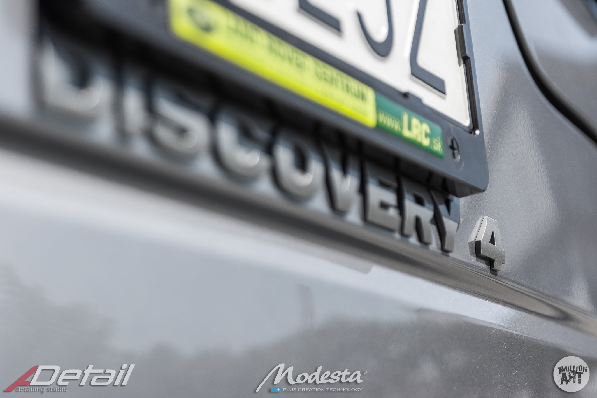 1MillionArt_ADetail_LR-Discovery4_13